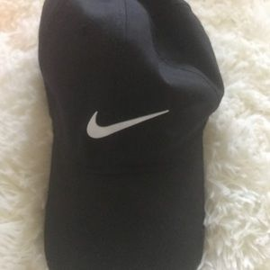 Black Nike Baseball Cap